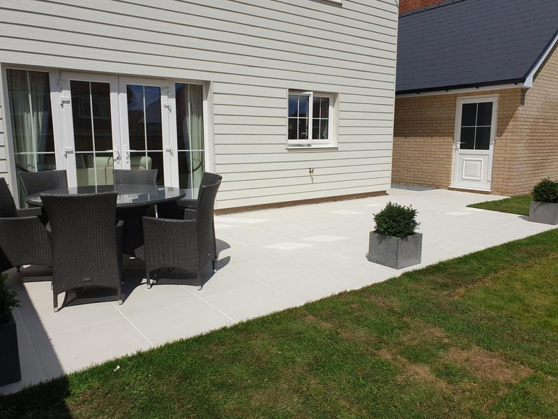 Image 3 - Sandy White Porcelain Patio