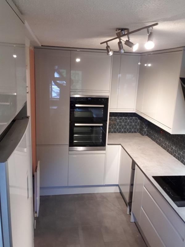 Image 3 - New kitchen fit
