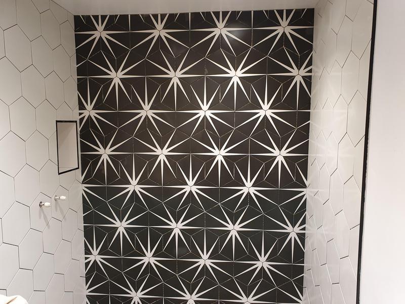 Image 1 - Shower enclosure with porcelain hexagon tiles