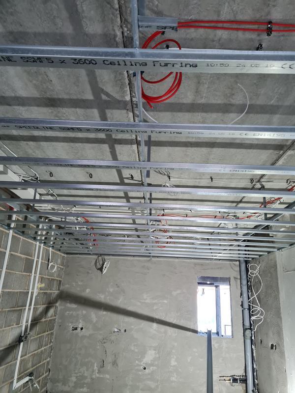 Image 3 - Mf ceiling
