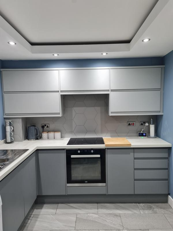 Image 5 - Kitchen I fitted