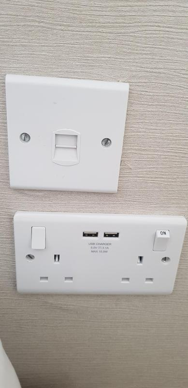 Image 7 - Battersea -        Double sockets converted to USB double sockets