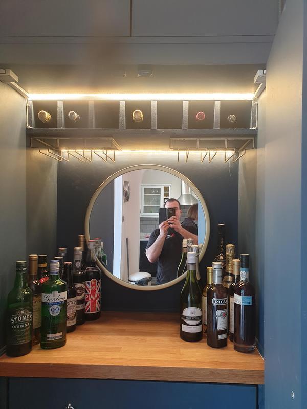 Image 36 - cabinet bar complete