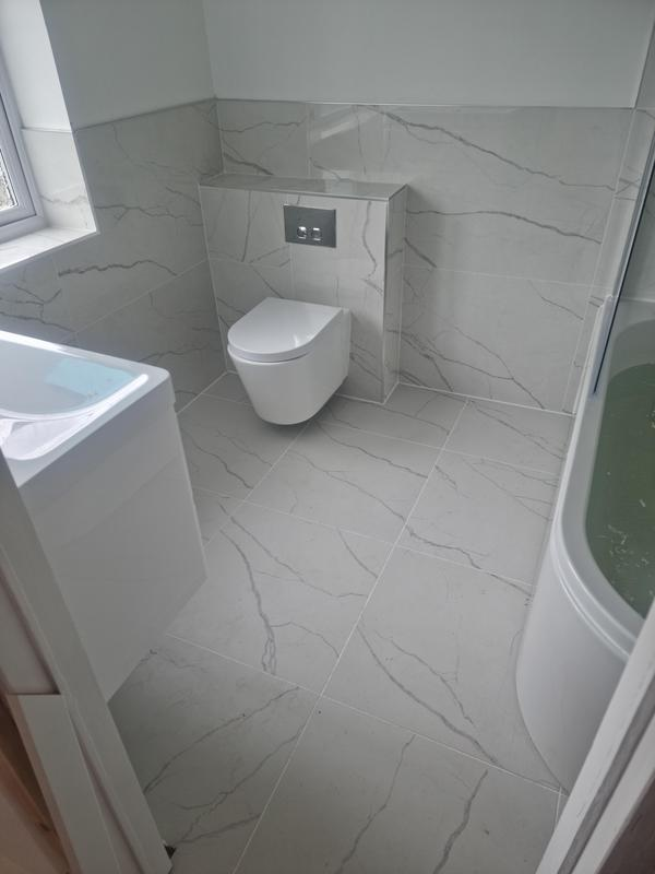 Image 19 - wall and floor tiling