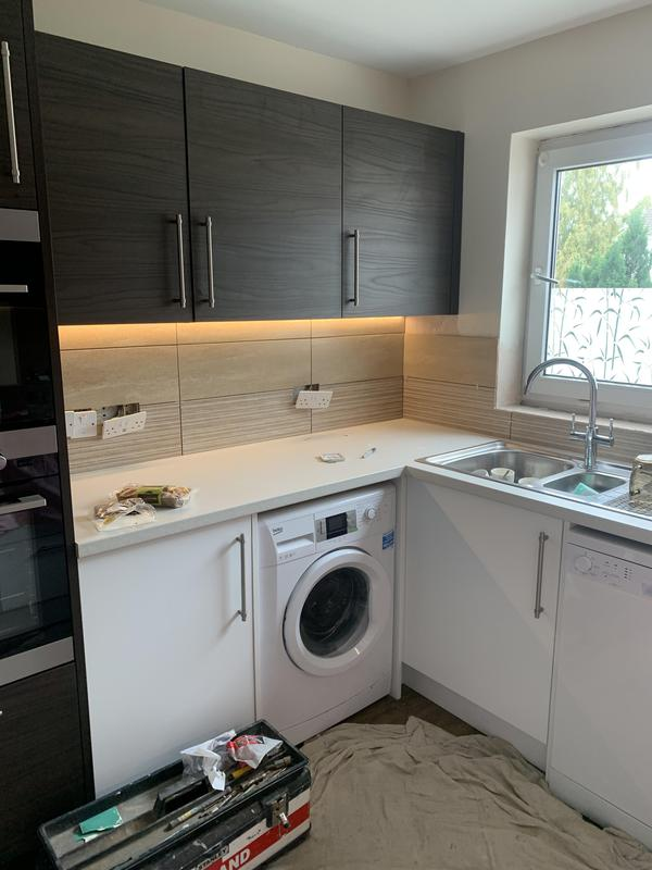 Image 27 - New kitchen installation.