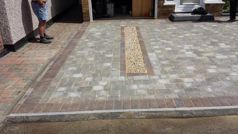 Image 28 - Block paving