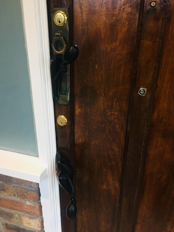 Image 56 - Airbag method to gain entry to a wooden door