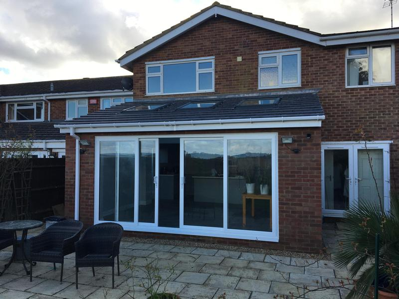 Image 12 - Single storey extension
