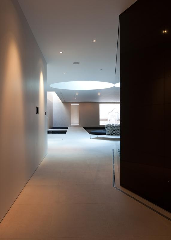 Image 15 - Non-slip stone flooring
