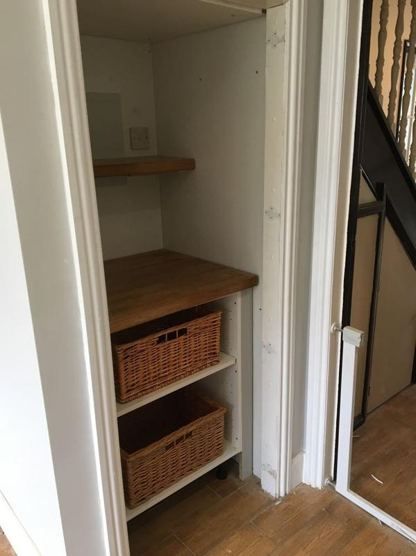 Image 17 - Upminster - small pantry (after waitinf for door tho)