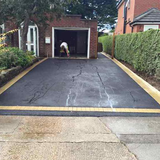 Image 143 - Six mil tarmac centre driveway with a beautiful colour buff Borderline another Fantastic job from total paving