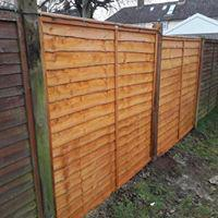 Image 15 - New fencing for client after the winds damaged the previous fence
