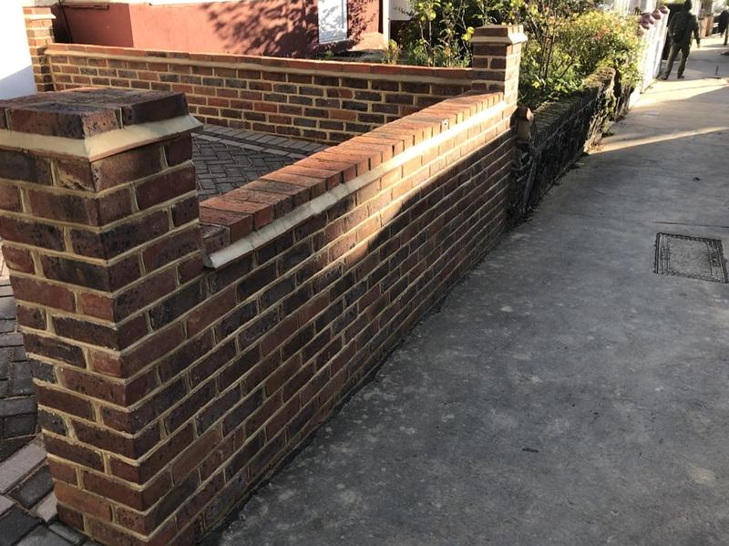 Image 8 - 9 inch retaining brick wall