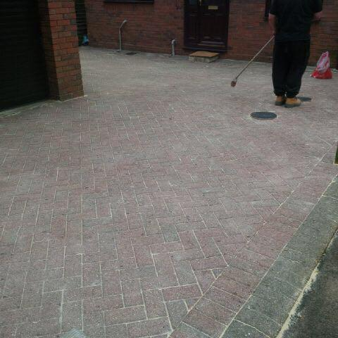 Image 8 - freshly pressure washed drive