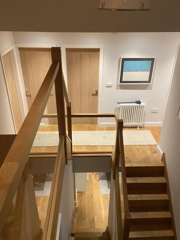 Image 62 - Oak banister