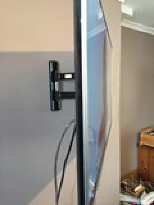 Image 11 - WE CAN INSTALL YOUR TELEVISION ON THE WALL