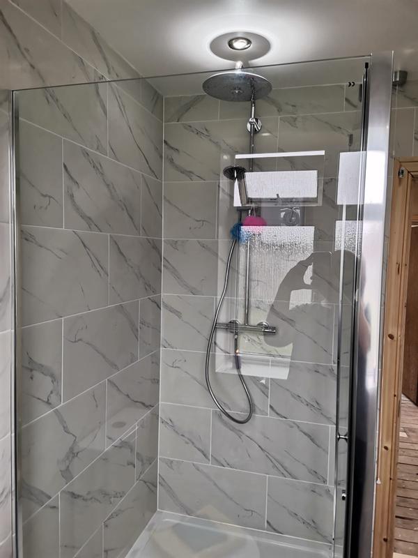 Image 15 - Shower cubicle