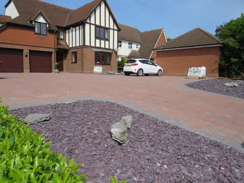 Image 19 - block paving driveways, , come in different colours