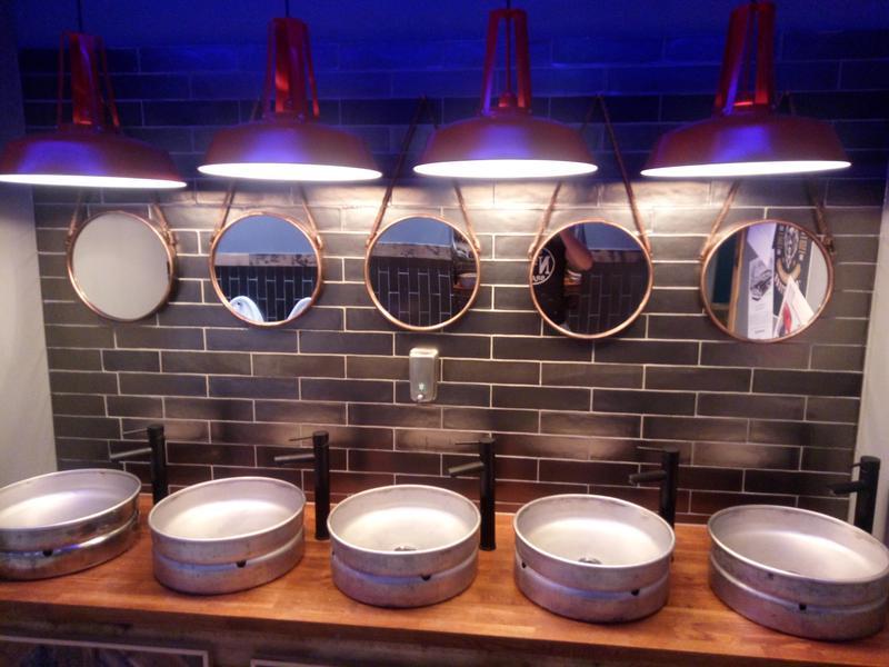 Image 1 - Bar & restaurant vanity units