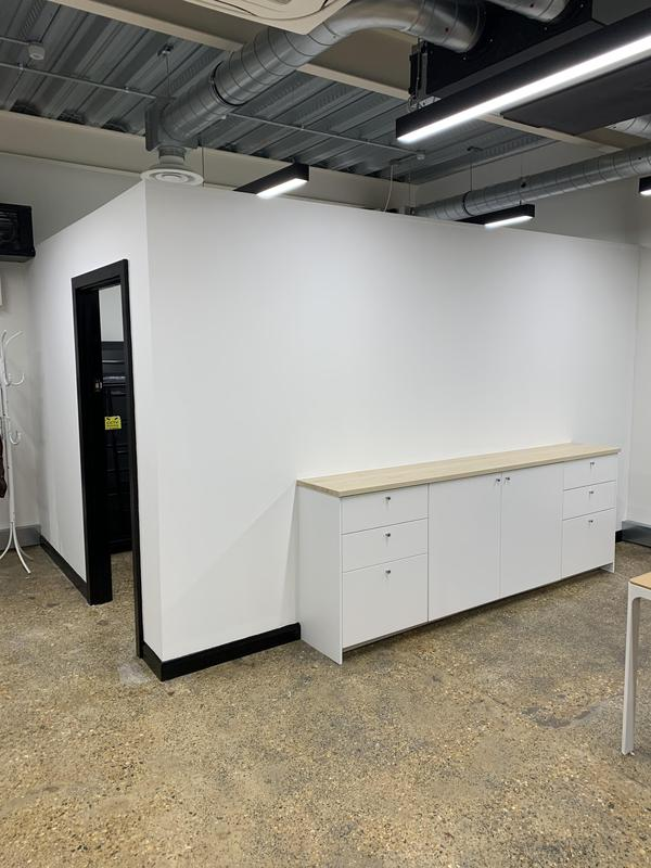 Image 50 - Partitions for a commercial building