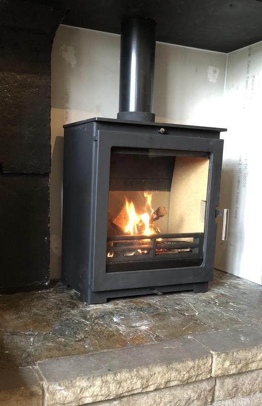 Image 15 - Defra approved Dik Gurts woodburner