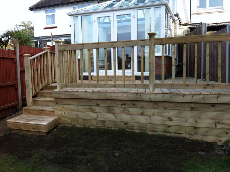 Image 24 - Decking with Steps