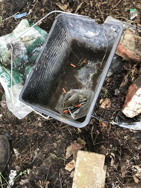 Image 25 - Used needles found 20m from children's park