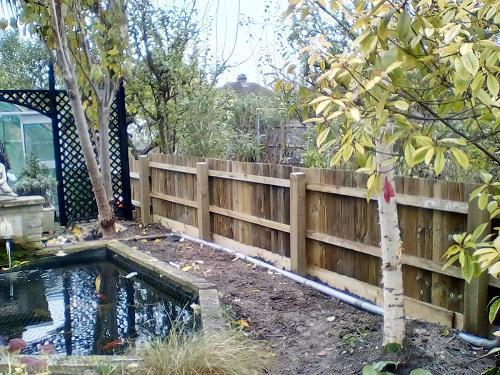Image 7 - 4' feather edge fence
