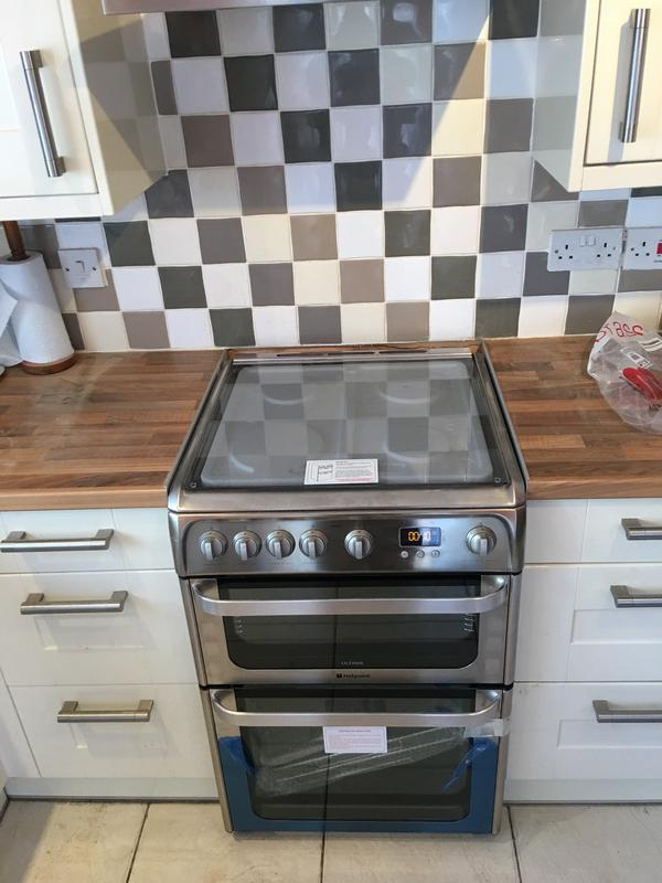 Image 18 - Harlech St, New gas stand alone oven installed. Existing worktop modified.