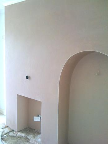 Image 20 - Fireplace and curved alcove skimmed over artex
