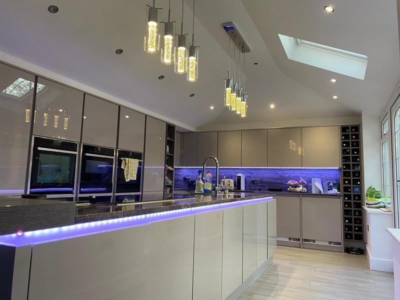 Image 2 - Kitchen installation in Chigwell