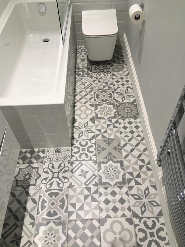 Image 39 - Brentford project - bathroom 4