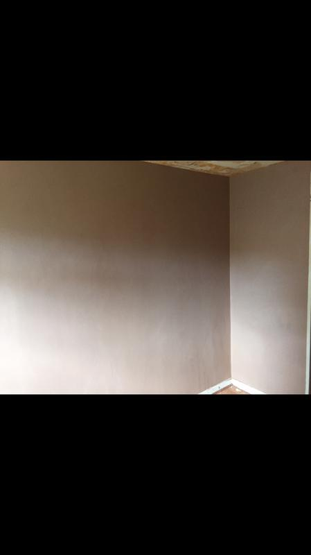 Image 32 - Bedroom