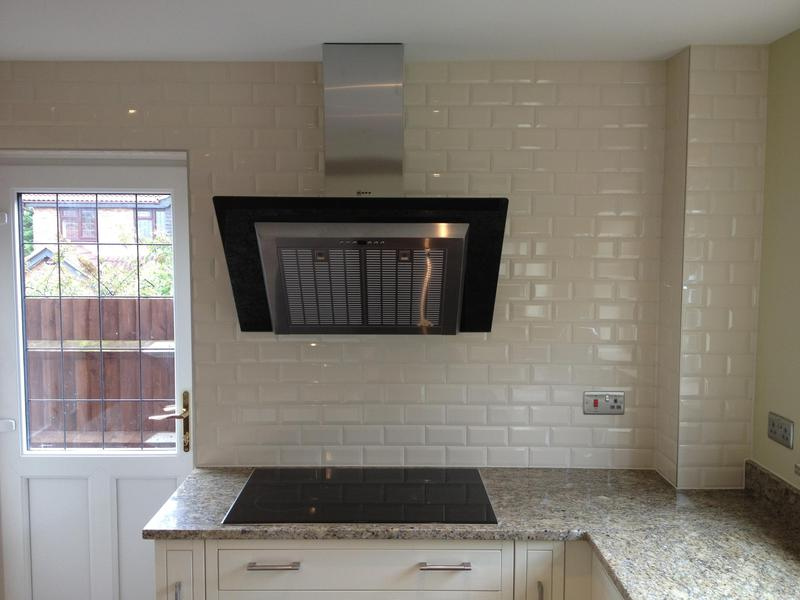 Image 119 - In-frame Kitchen installed with feature Tiled wall.