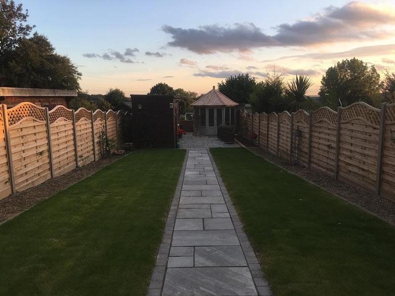 Image 49 - Indian Sandstone Paving in Grey, turf and fencing