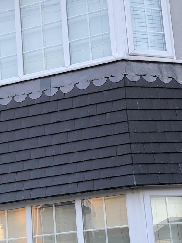 Image 18 - Tiled bay with lead flashings