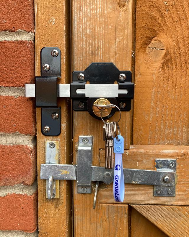 Image 11 - Gate locks supplied and fitted