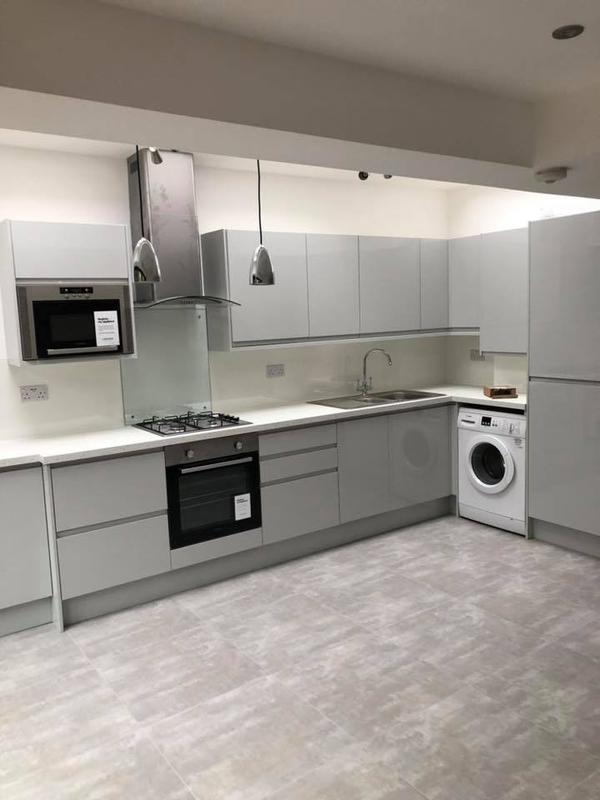 Image 23 - Rear extension, new kitchen, bathroom, Kilburn