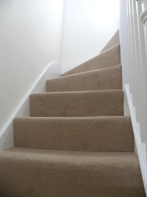 Image 47 - Loft stairwell