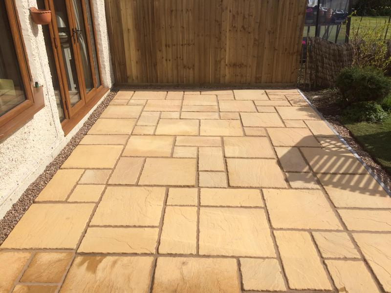 Image 16 - Multi size paving slab patio rugby 2019