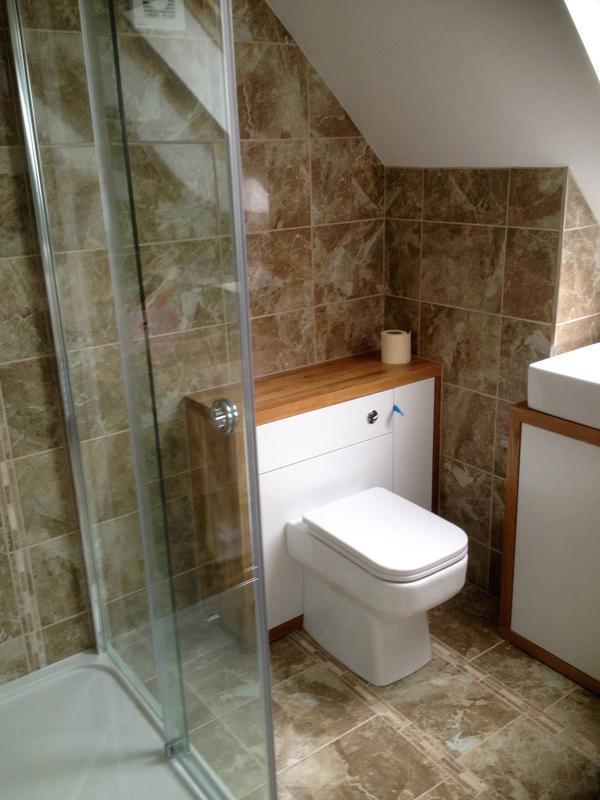 Image 46 - Loft bathroom complete