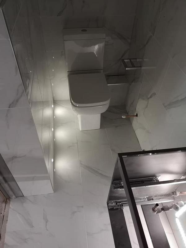 Image 32 - Small. Bathroom feature lighting