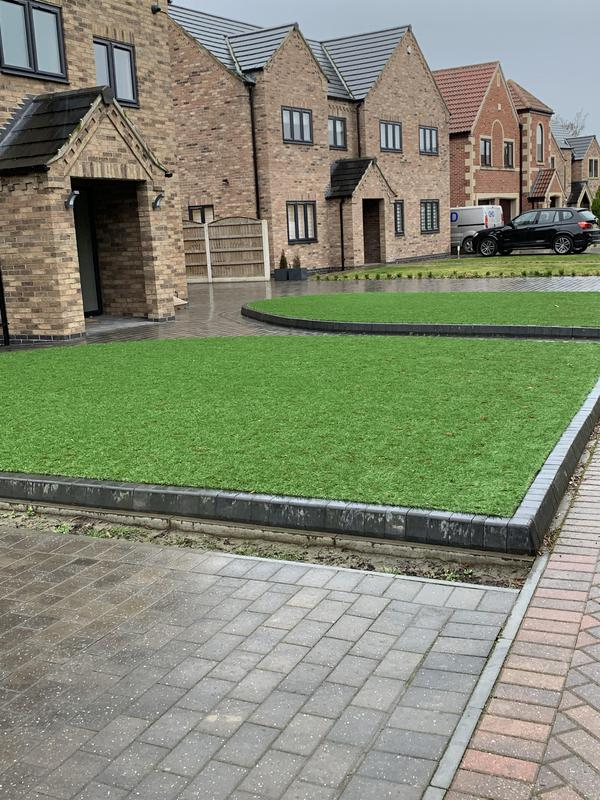 Image 3 - Raised artificial lawns
