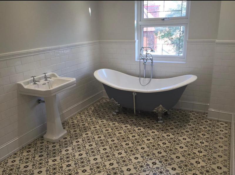 Image 38 - Ceramic tiles