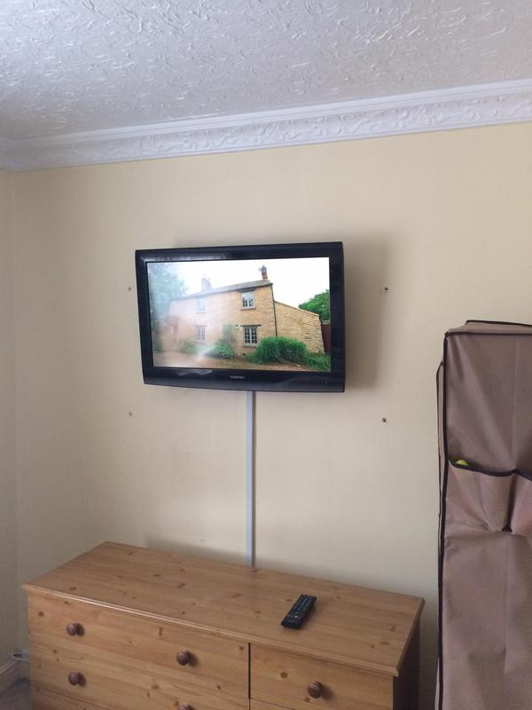 Image 34 - lcd & led tv wall mounting installation services