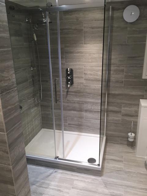 Image 18 - Ealing project - bathroom 9
