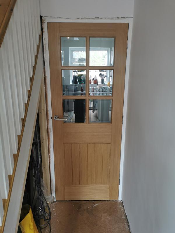 Image 4 - Suffolk oak 6 light glazed door hung in Chelmsford