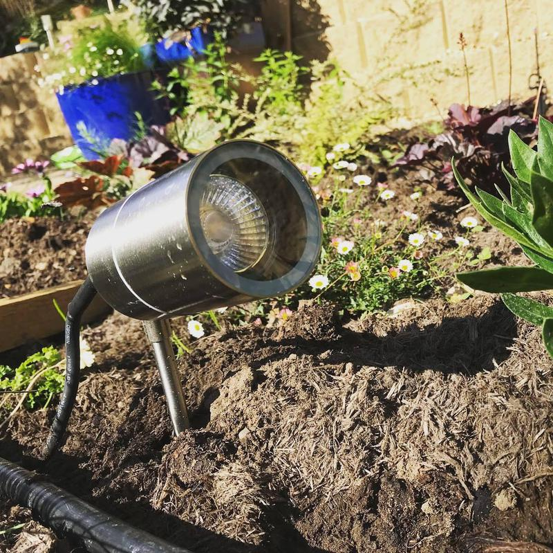 Image 21 - Garden lighting