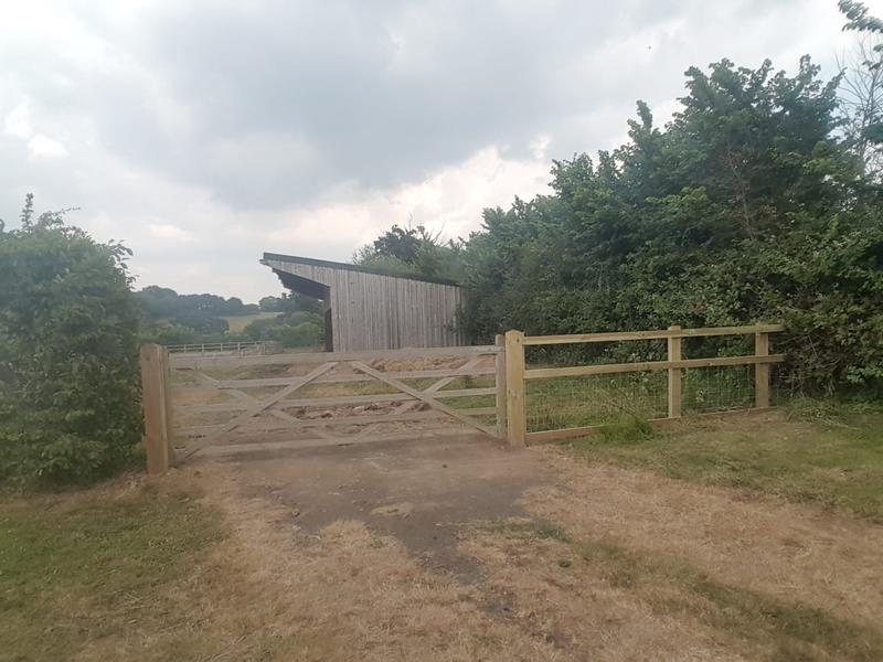 Image 102 - Five bar gate and agricultural fencing