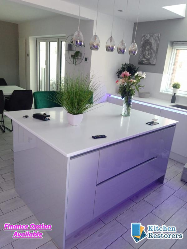 Image 5 - Full True Handle-less Kitchen FittedDoor Colour: Acrylic High Gloss WhiteWorktop: Solid Surface Peak